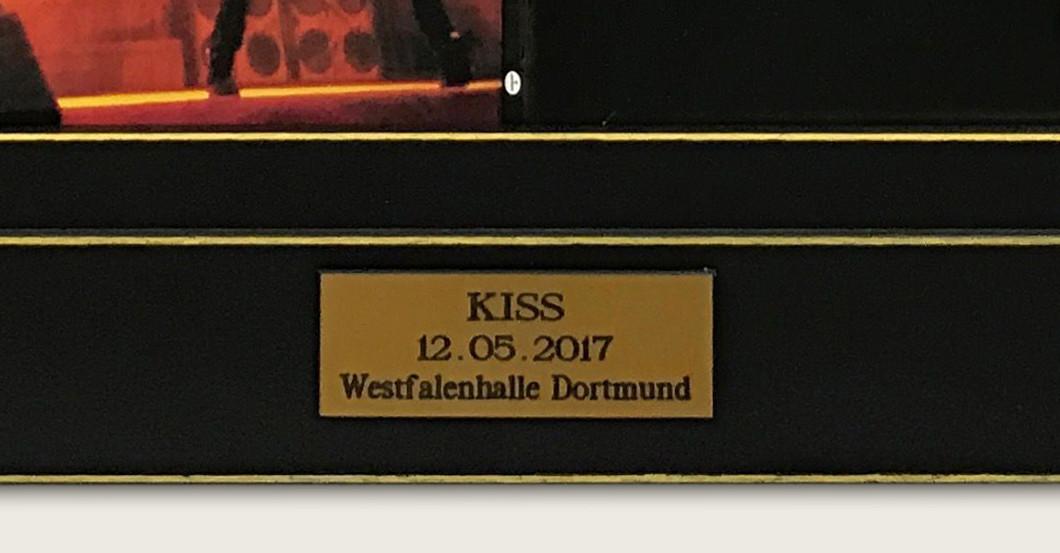 Alive III Kiss