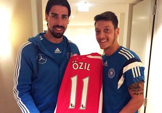 Arsenal-Trikot Mesut Özil