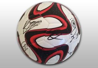 Brazuca Ball signiert