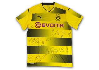 BVB signiert Trikot