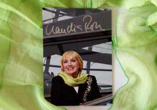Claudia Roth Schal