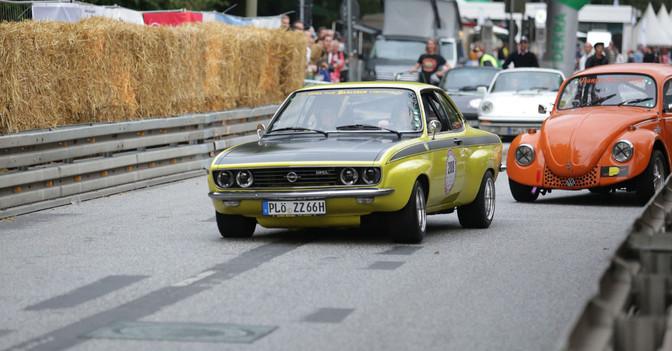 Co Pilot im Opel Manta A