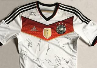 DFB Team Trikot signiert