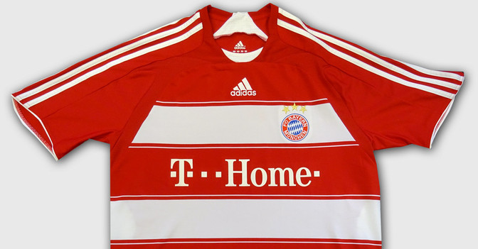 FC Bayern Trikot Stars