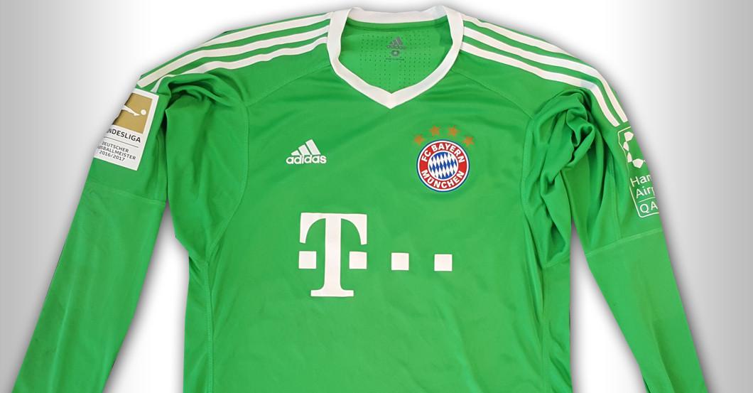 Straight from FC Bayern versus BVB: Sven Ulreich's Jersey