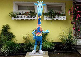Giraffe Wanderlust