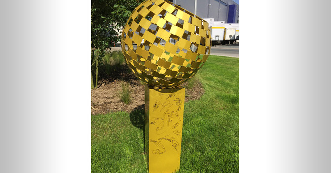 Goldener Ball signiert
