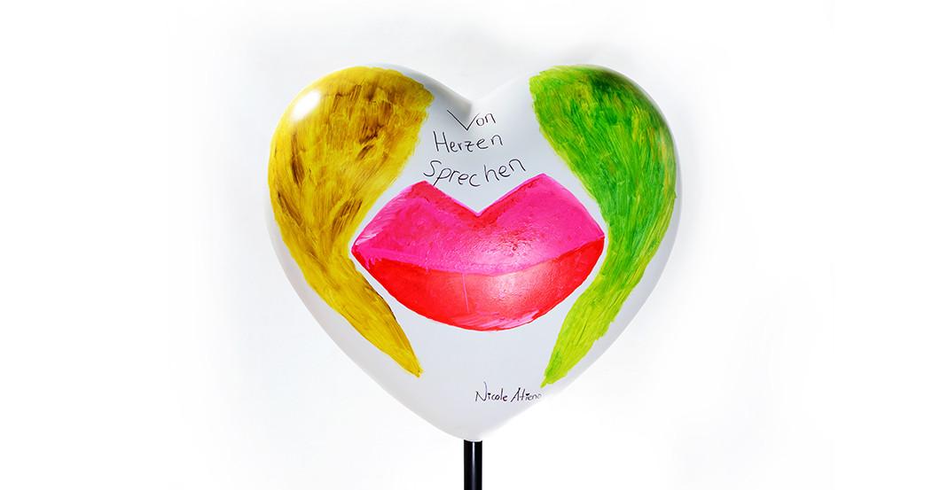 Herz von Nicole Atieno