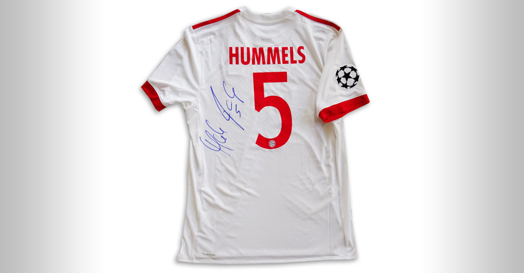 new styles 48ee6 1091c Bayern Star Mats Hummels donates hand-signed FCB Jersey