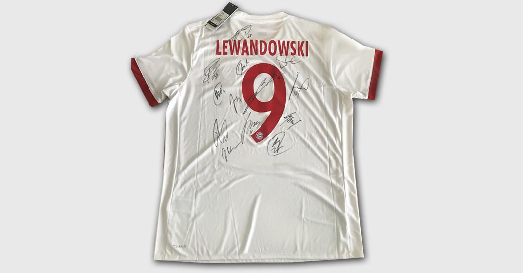 Lewandowskis CL Trikot