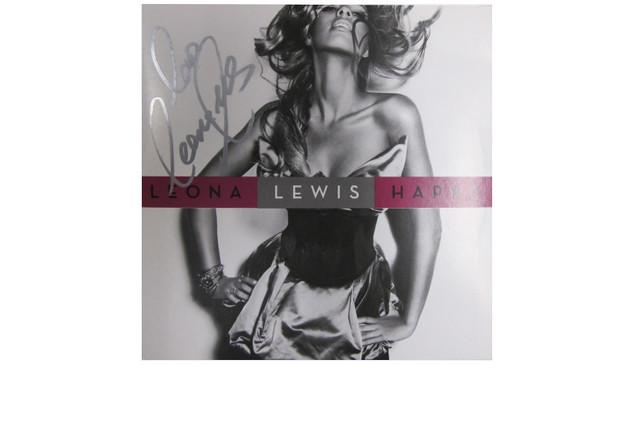 Lewis-CD signiert