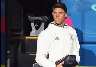 Manuel Neuers Windbreaker