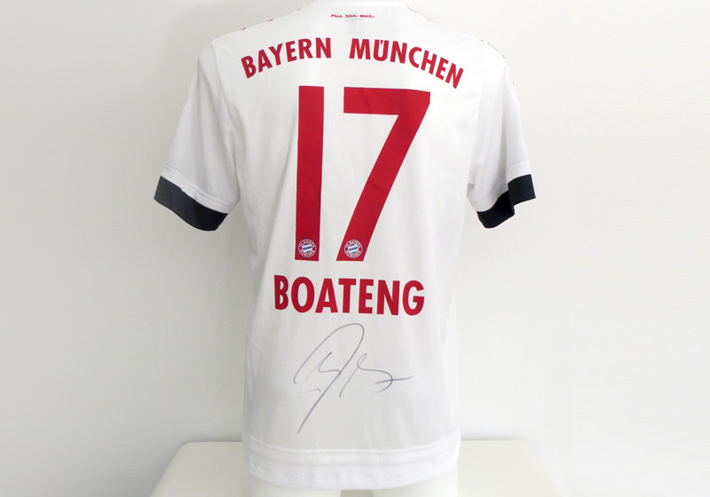 trikot fcb abwehrchef jerome boateng. Black Bedroom Furniture Sets. Home Design Ideas