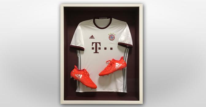 Müllers gerahmte Schuhe