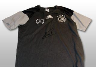Neuers DFB Shirt