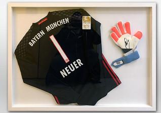 Neuers Handschuh Trikot