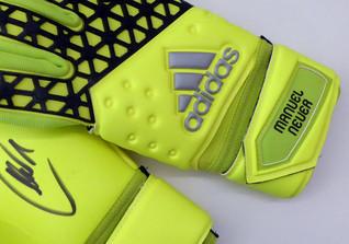 Neuers Handschuhe