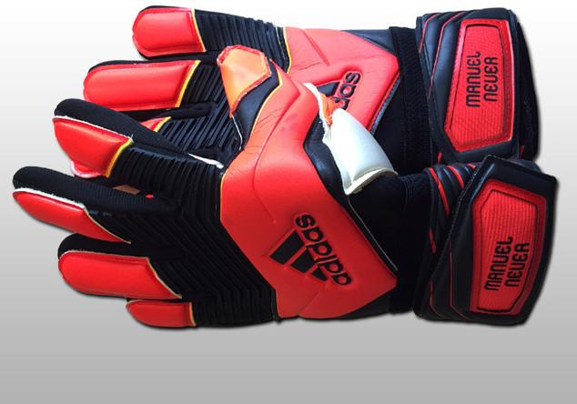 Neuers WM Handschuhe