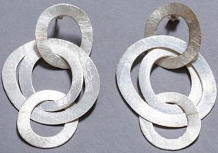 Ohrringe mit Ringen