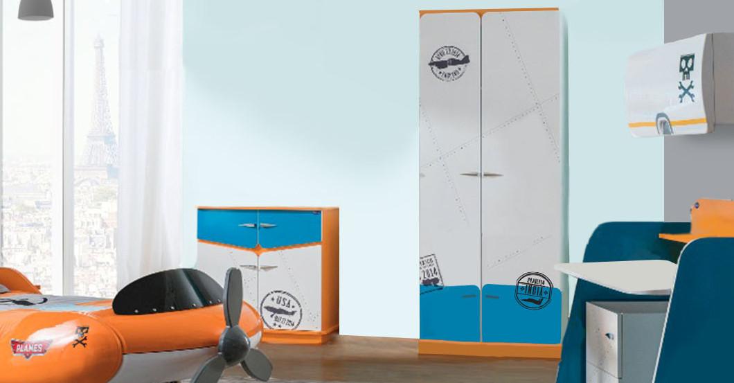 komplettes kinderzimmer zum disney kinoerfolg planes. Black Bedroom Furniture Sets. Home Design Ideas