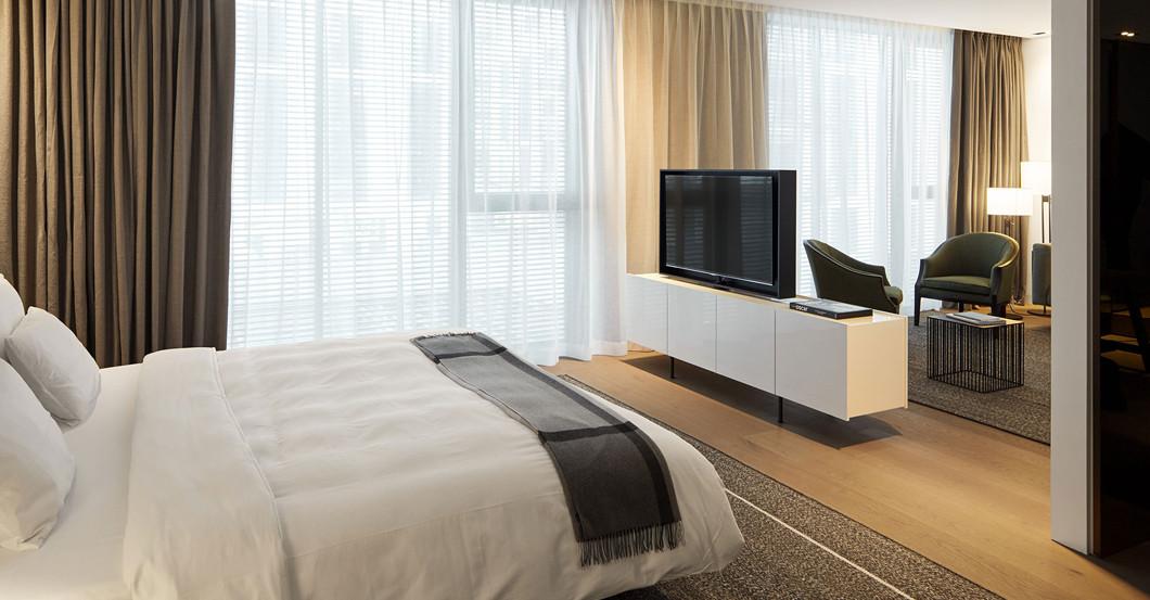 Roomers Junior Suite