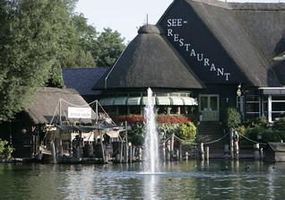 Seehausrestaurant-Möbel