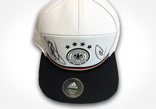 Signiertes DFB Cap