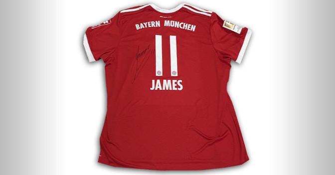 Signiertes Trikot James