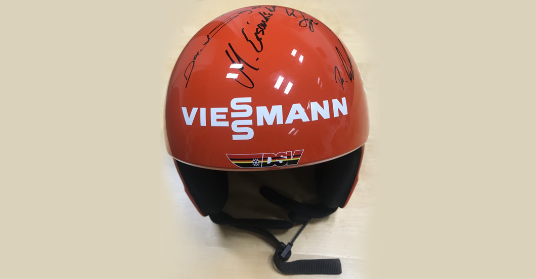Skispringer Helm