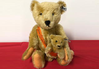 Steiff Mama and Baby Bear