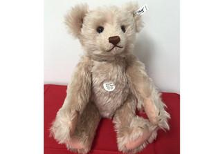 Steiff Teddy rose