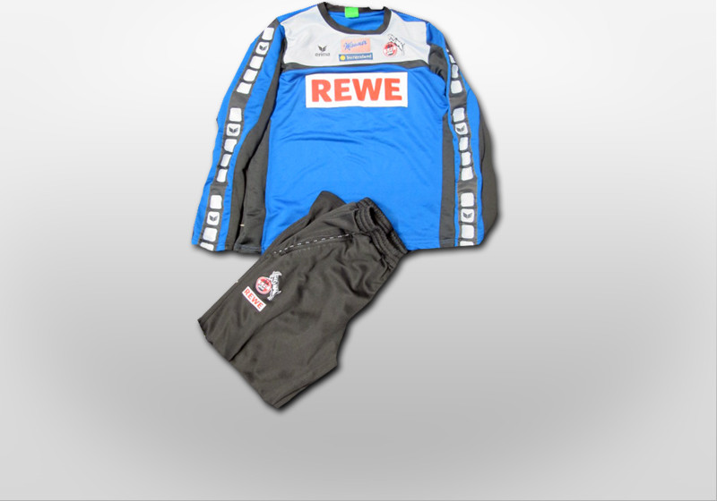 Stögers Trainer Outfit
