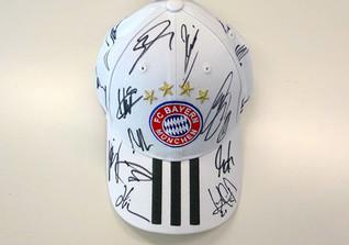 Team signed FCB Cap