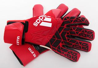 Ulreichs Handschuhe