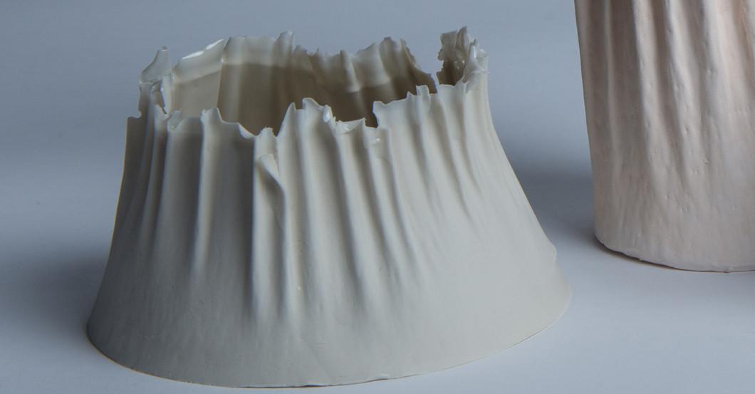 vasen aus porzellan glas keramik oder gummi online. Black Bedroom Furniture Sets. Home Design Ideas