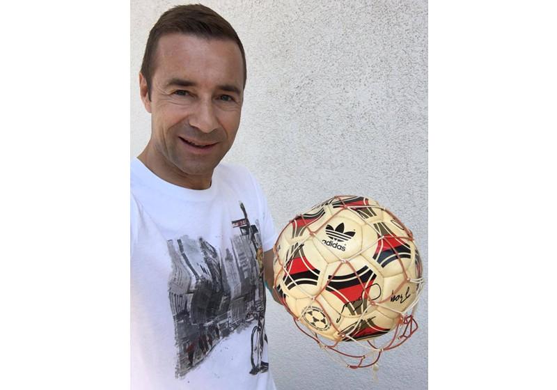 Weltmeister Ball