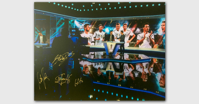 WM Studio Bild signiert