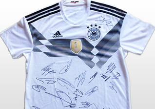 WM Jersey Team Signed