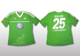 VfL Wolfsburg-Trikot signiert von Naldo