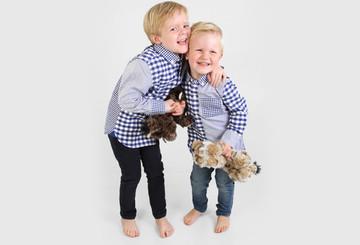 Felix und Anton beim Kindermodelshooting