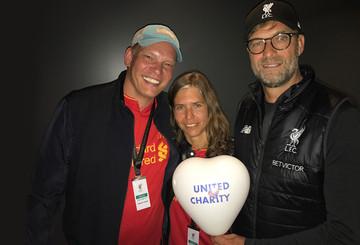 Shakehands mit Jürgen Klopp in Liverpool