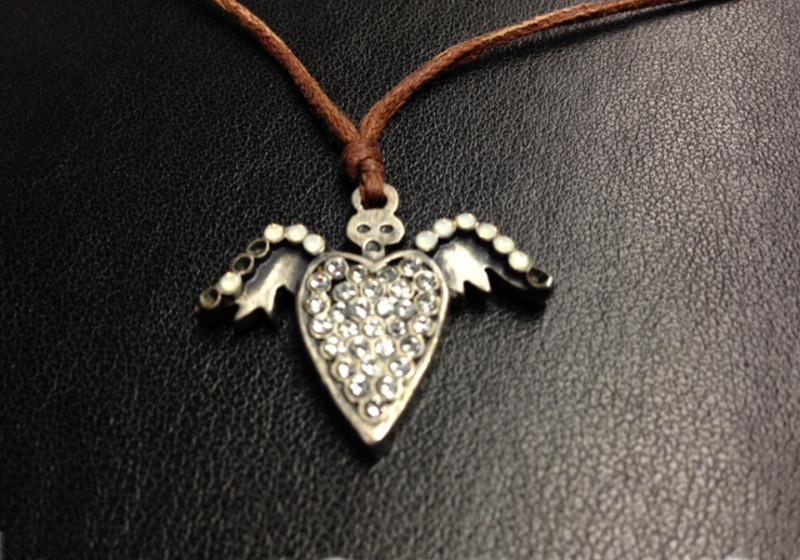 Herzkette mit Flügel