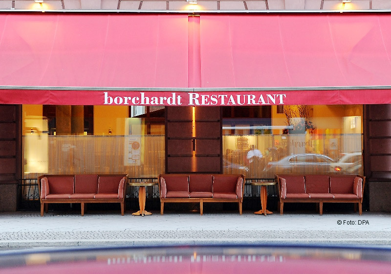 Im Berliner Restaurant Borchardt steht ein exklusives Essen mit dem Showmaster an