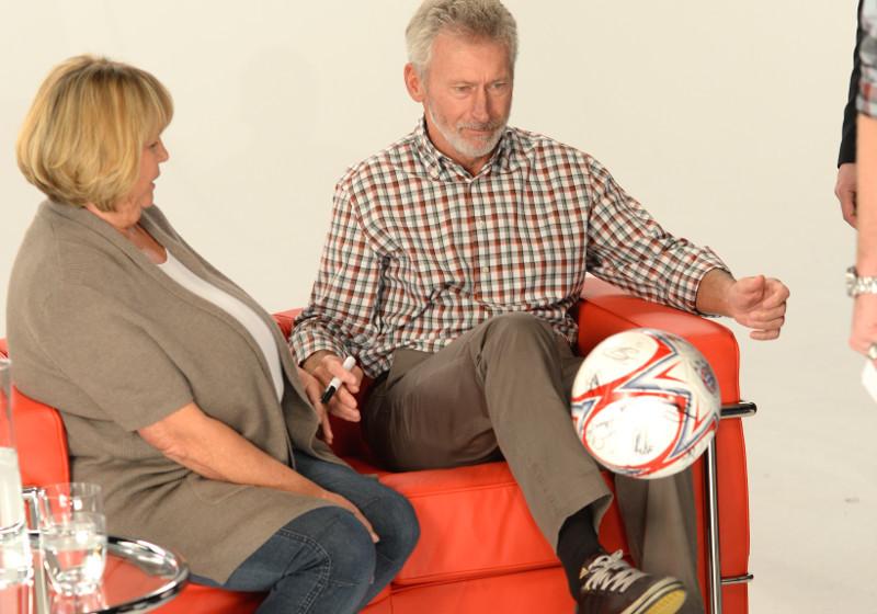 Signierter FC Bayern-Ball