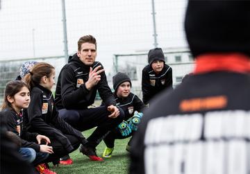In safe hands e.V. - Fußball als Medium zur Integration
