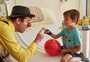 Clowns im Krankenhaus – Eine starke Gemeinschaft für das Lachen!