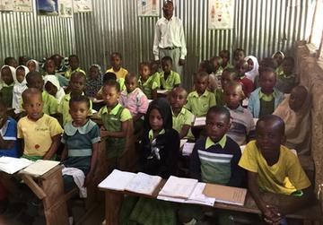 Schulbildung für die Kinder in Kenia - Bildung ist der Ausweg aus der Armut