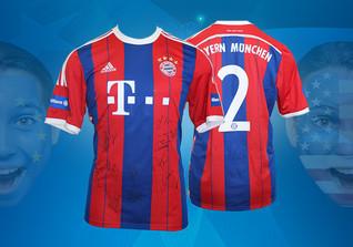 Bayern-Trikot signiert