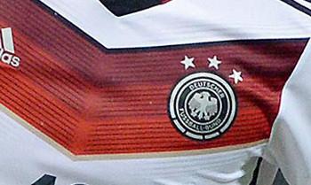 DFB-Sammlerstücke werden versteigert