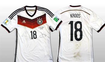 Fußball-Hammer: Toni Kroos versteigert sein getragenes WM-Finaltrikot